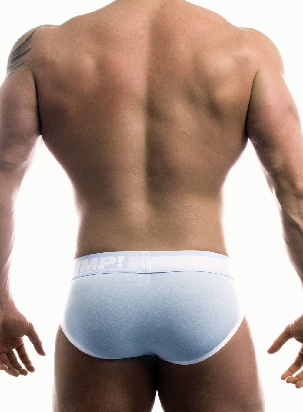 PUMP Frost Brief white blue